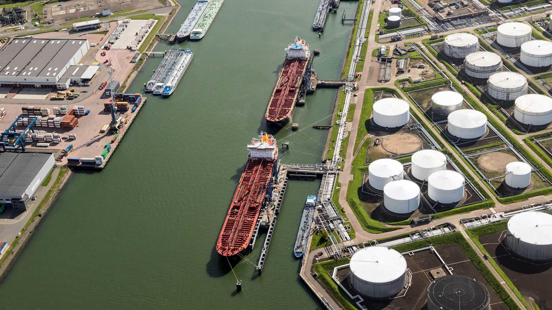 Tank storage facility in Rotterdam