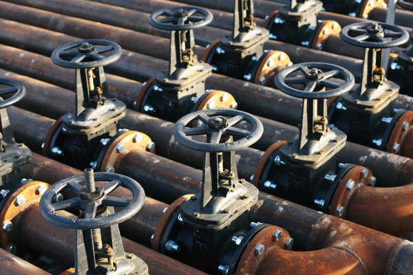 Manual valve line-up